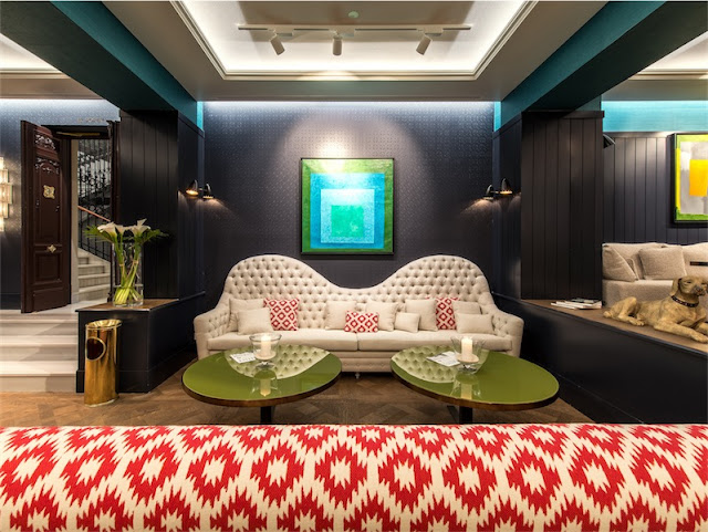 hall con sofas the mint madrid chicanddeco