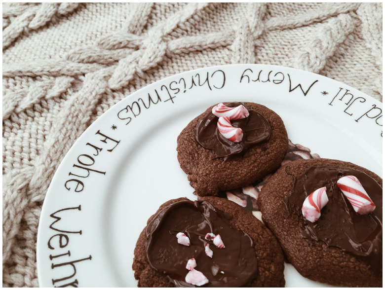 candy cane chocolate cookies, christmas bakery, recipe, zuckerstangen-schokoladenkekse, weihnachtsbäckerei, rezept