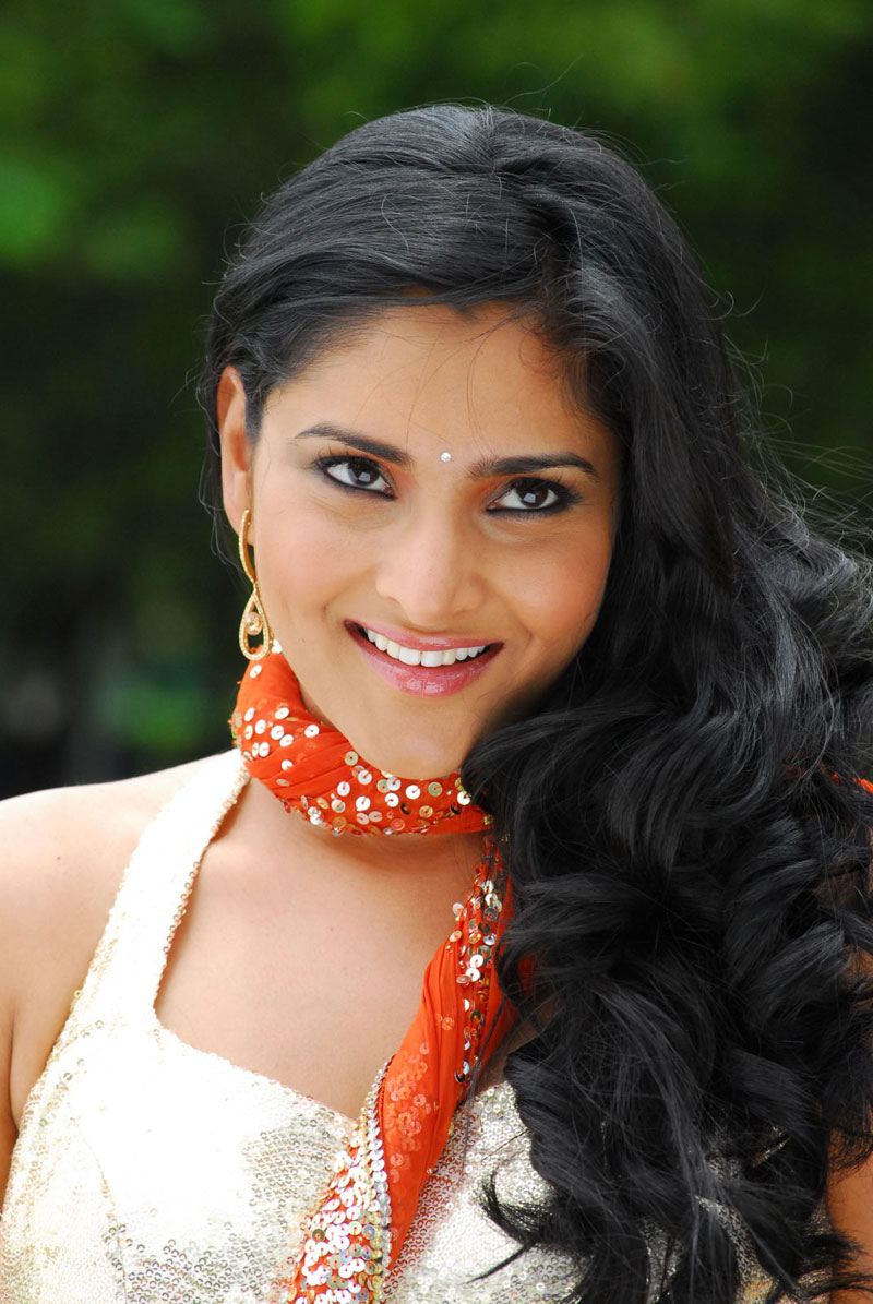 glorious ramya latest hot new spicy stills photos