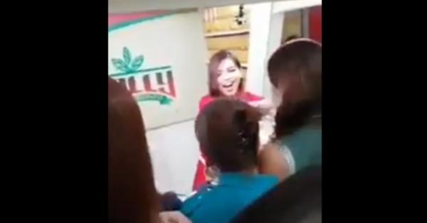2sjuQaN SNEAK PEAK : Maine Mendoza's behind the scenes for her new endorsement !