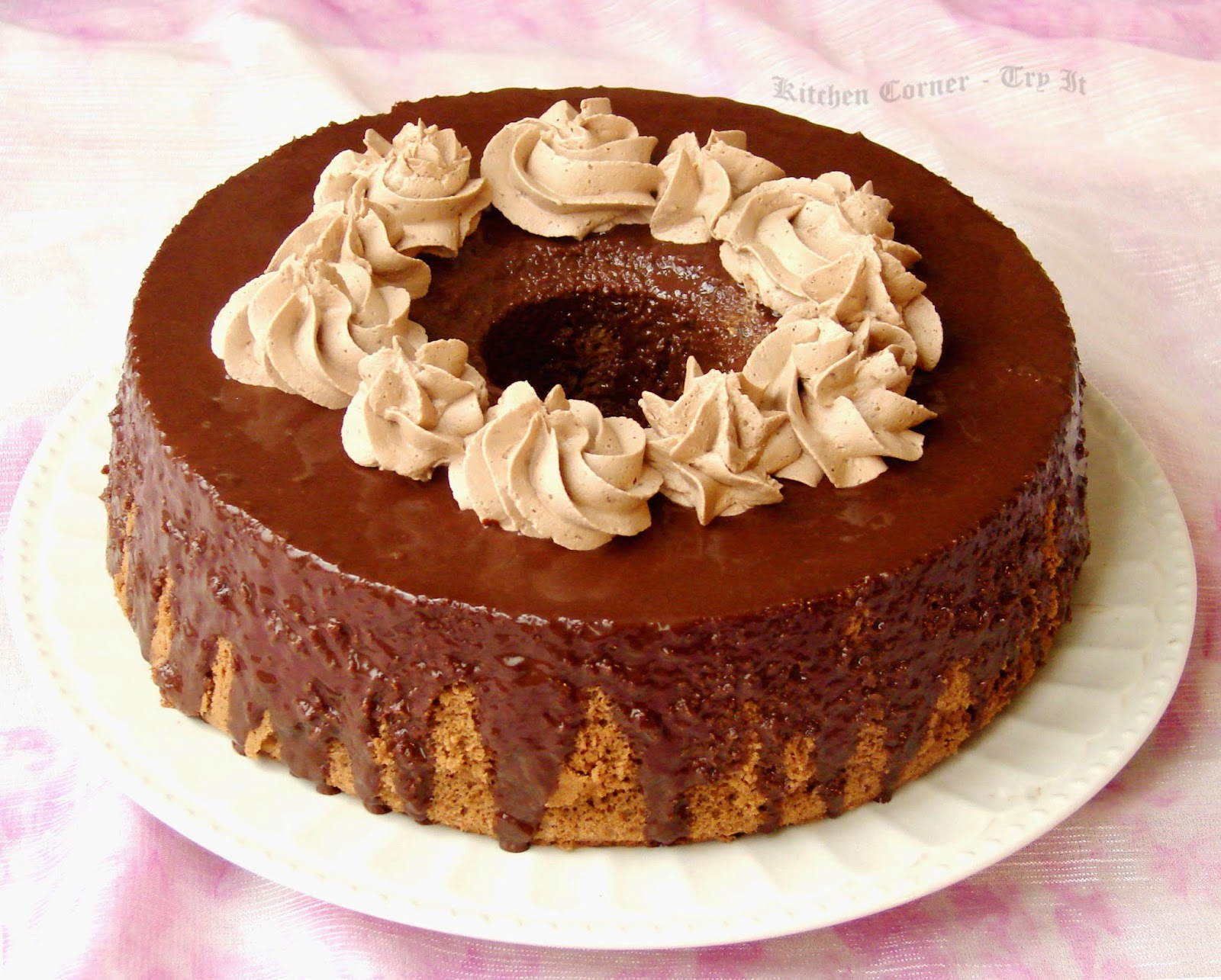 How To Decorate Chiffon Cake