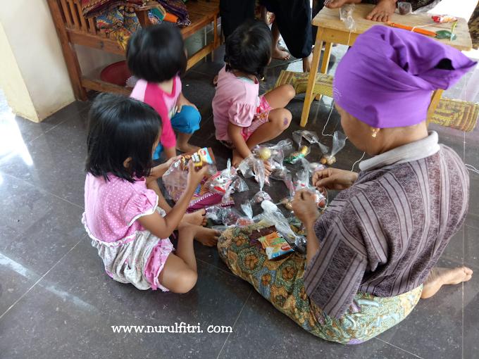 Tradisi Nurunkeun Menyambut Kelahiran Bayi