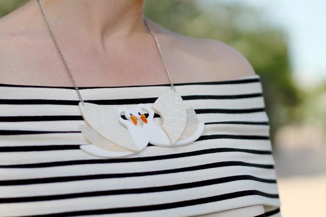 Erstwilder Tunnel of Love swans necklace
