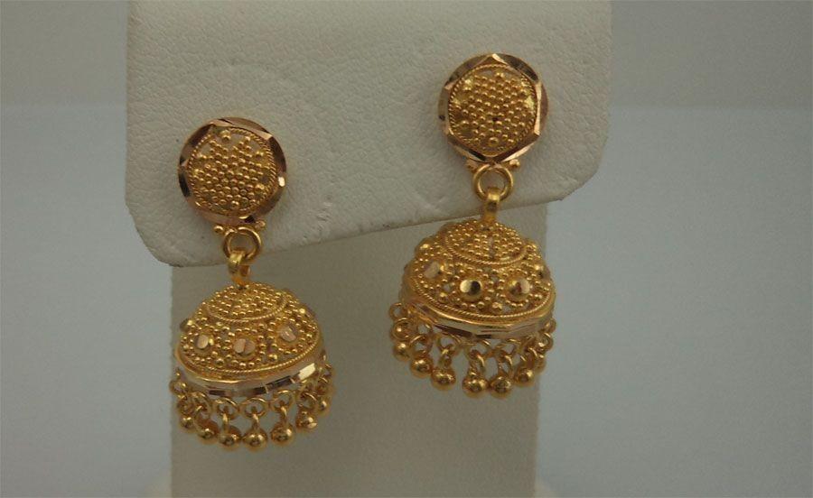 55 Beautiful Gold Jhumka Earring Designs Tips On