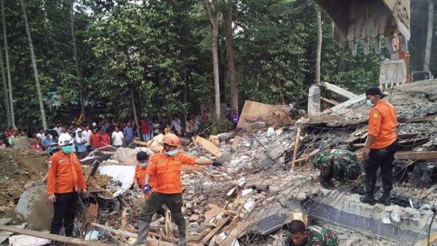 FPI Kirim Relawan Ke Pidie Jaya Aceh
