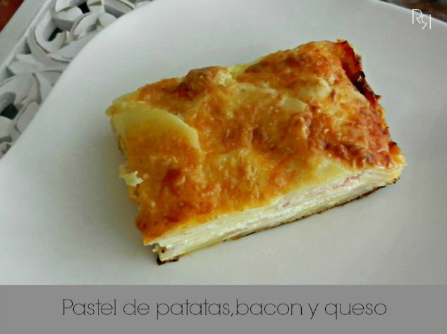 """Pastel de patatas, bacon y queso"""