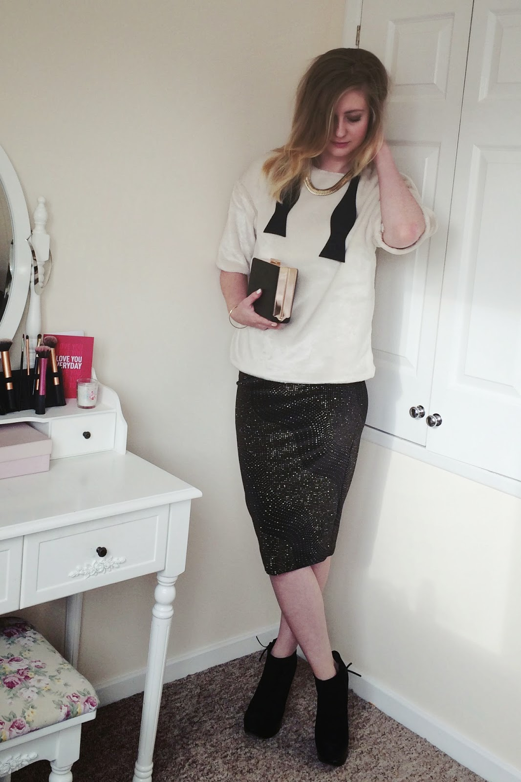 FashionFake, fashion bloggers, UK fashion blog, Winter 2014 Christmas style, what to wear for Christmas