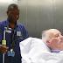 Sólo iba a llevar al paciente a su habitación – pero la cámara captó algo que comparten algo que se ha hecho viral
