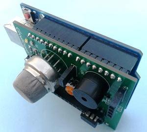 Detector de humo con Arduino terminado para ser probado.