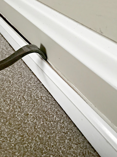 easiest way to remove baseboards