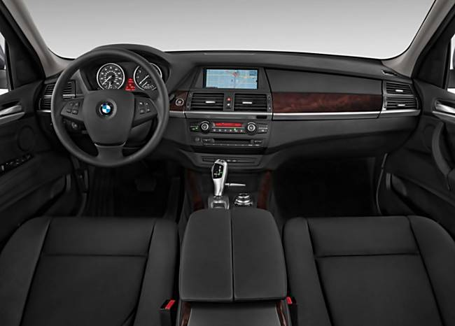 2017 BMW X5 Design Pure Experience