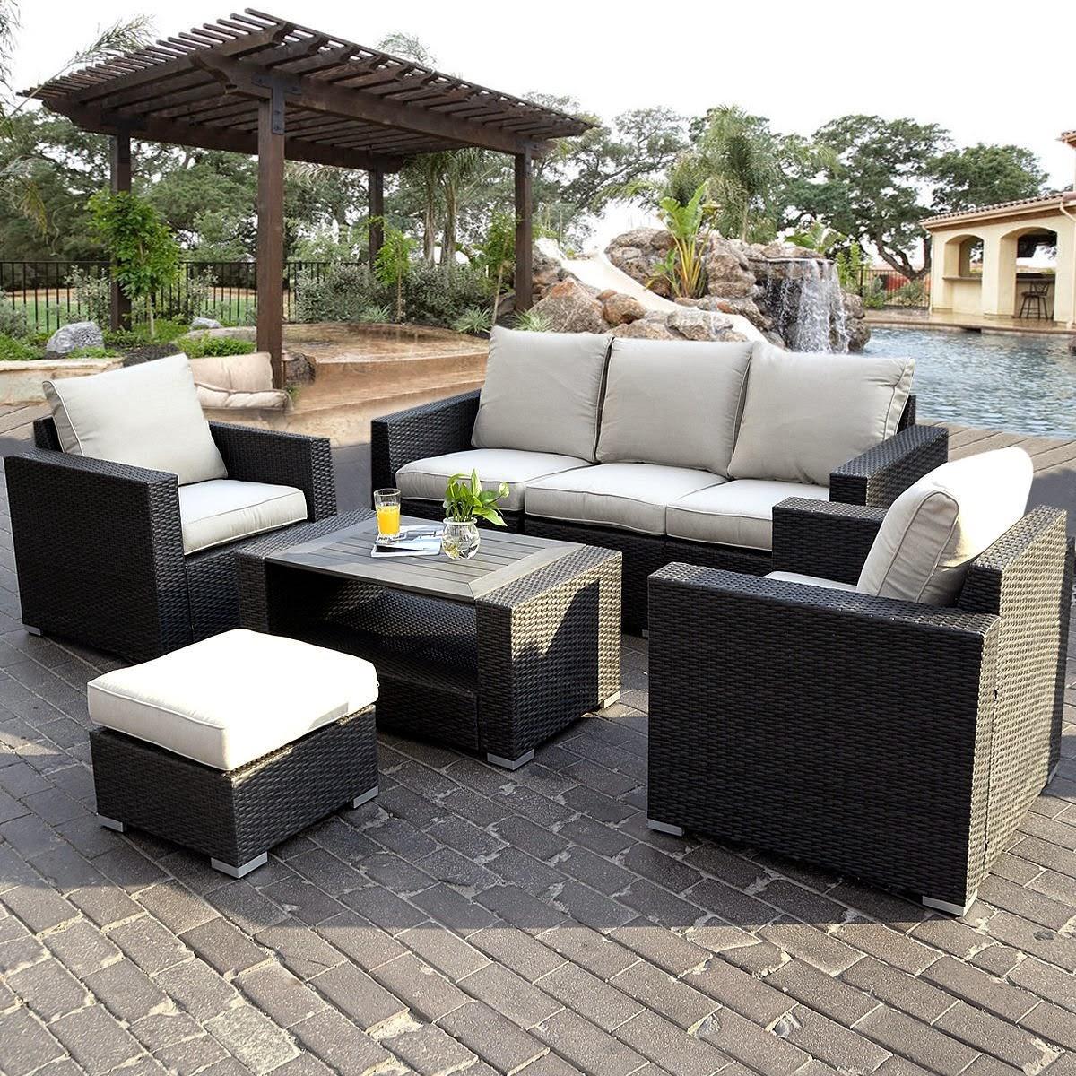 Modern Outdoor Sofa   Blogger