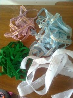 Biku-biku ( Renda ) untuk variasi sarung bantal kain perca