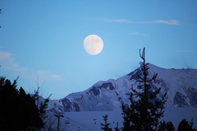 Lune, montagne