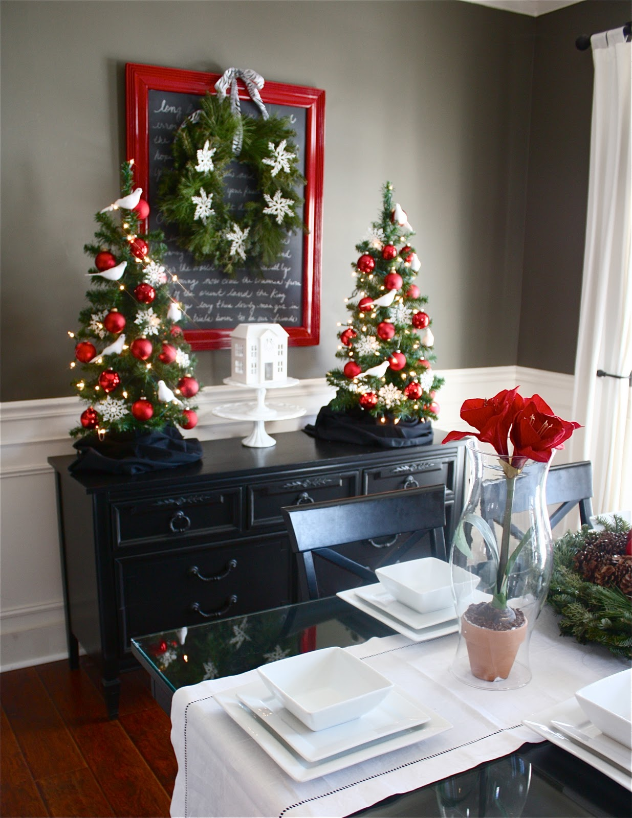 The yellow cape cod holiday home series christmas menu - Christmas room decor ideas ...