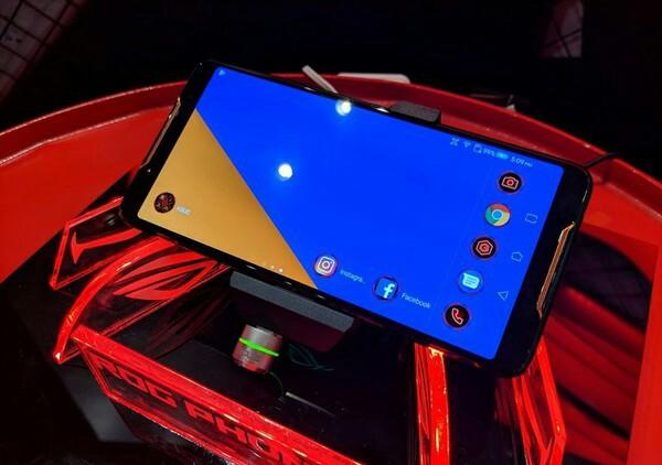 Gaharnya Spesifikasi Asus ROG Phone Resmi di Indonesia dengan Harga Segini? Asus, Asus ROG Phone, Smartphone Gaming