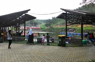 Kolam Pemancingan di Bukit Dhoho Indah Kediri