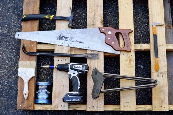 Cara Membuat Kerajinan Tangan Yang Mudah | Meja Pallet Bekas 1