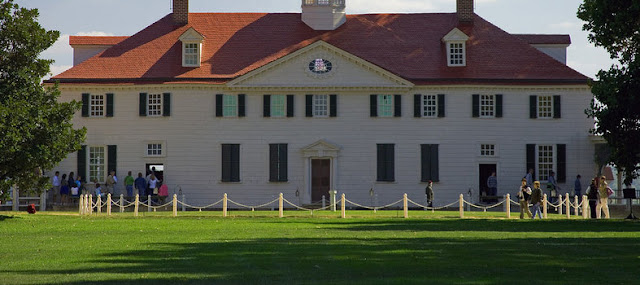 Watch the firecrackers early showing at George Washington's Mount Vernon