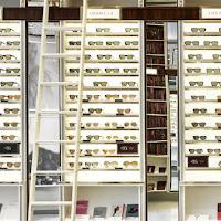 Onde comprar óculos escuros em Milão 1d6af72449d2
