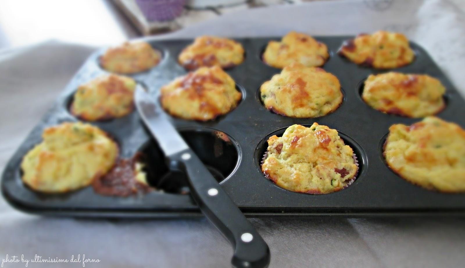 Muffin Salati Con Zucchine Mozzarella E Prosciutto Crudo