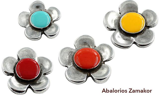entrepieza flor de zamak en colores