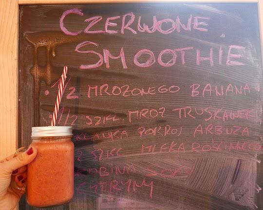 Czerwone smoothie