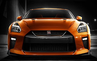 2017 Nissan GT-R Reviews UK
