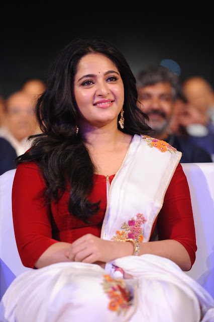 Actress Anushka HD Images at Baahubali 2 Pre Release function