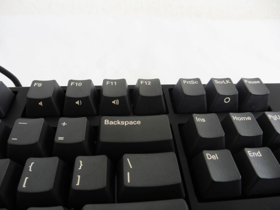 iKBC C104 Mechanical Keyboard Review 10