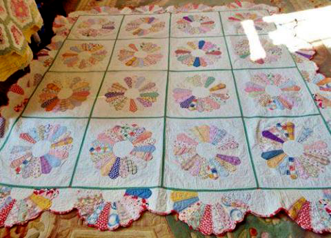 Dresden Plate Quilt free Pattern