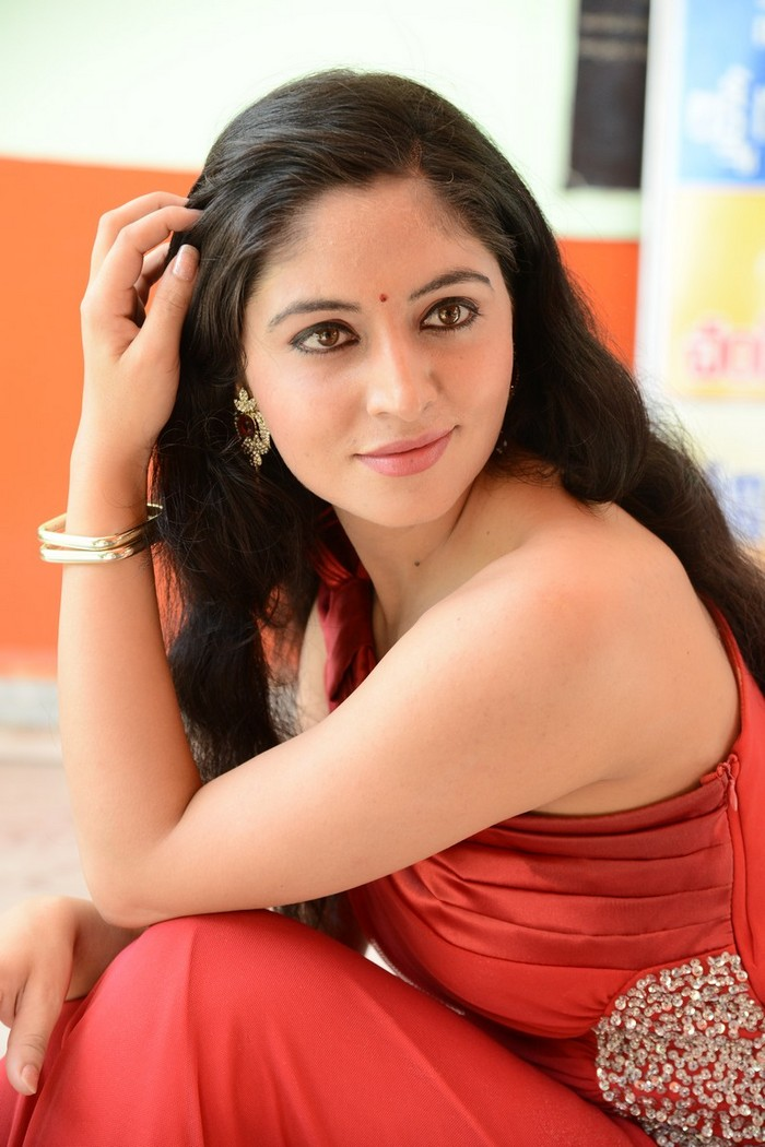 Jaheda Sam Latest Spicy Gallery