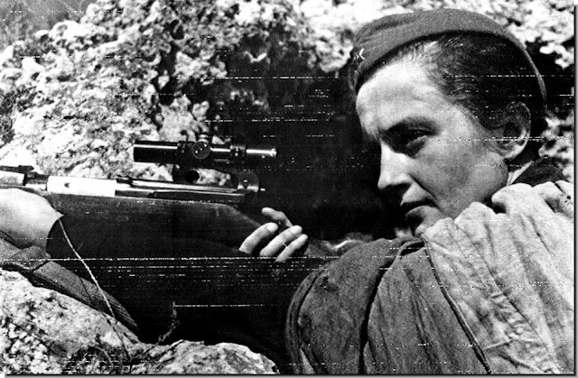 Lyudmila Pavlichenko, the Russian woman sniper with 500 Germans kills under her belt
