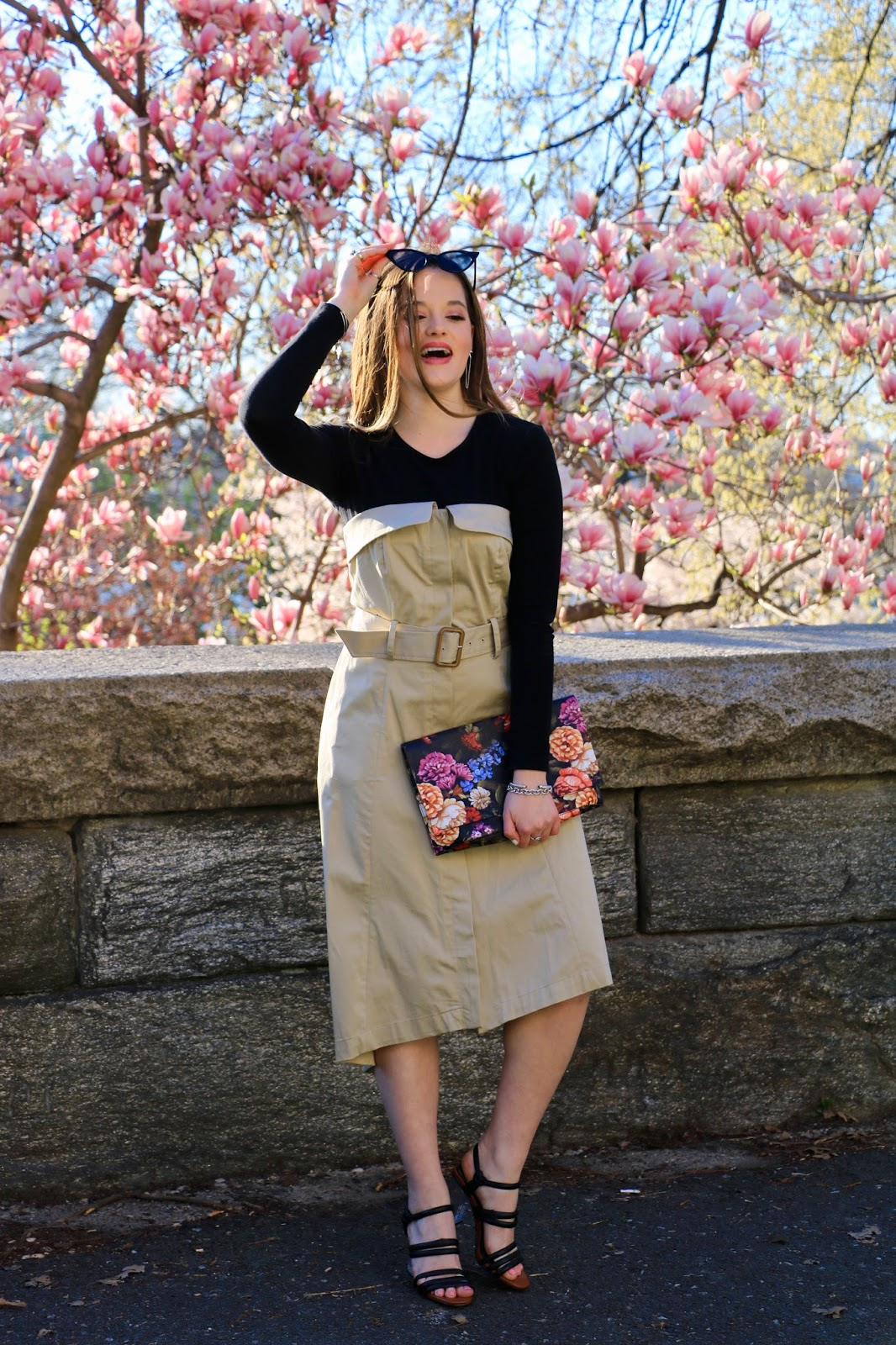Nyc fashion blogger Kathleen Harper showing how to wear a trench dress