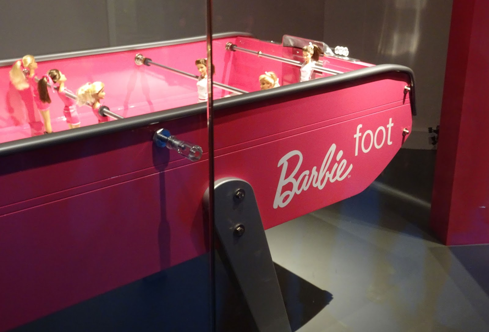 Exposition Barbie Musée des Arts Décoratifs Barbie Foot
