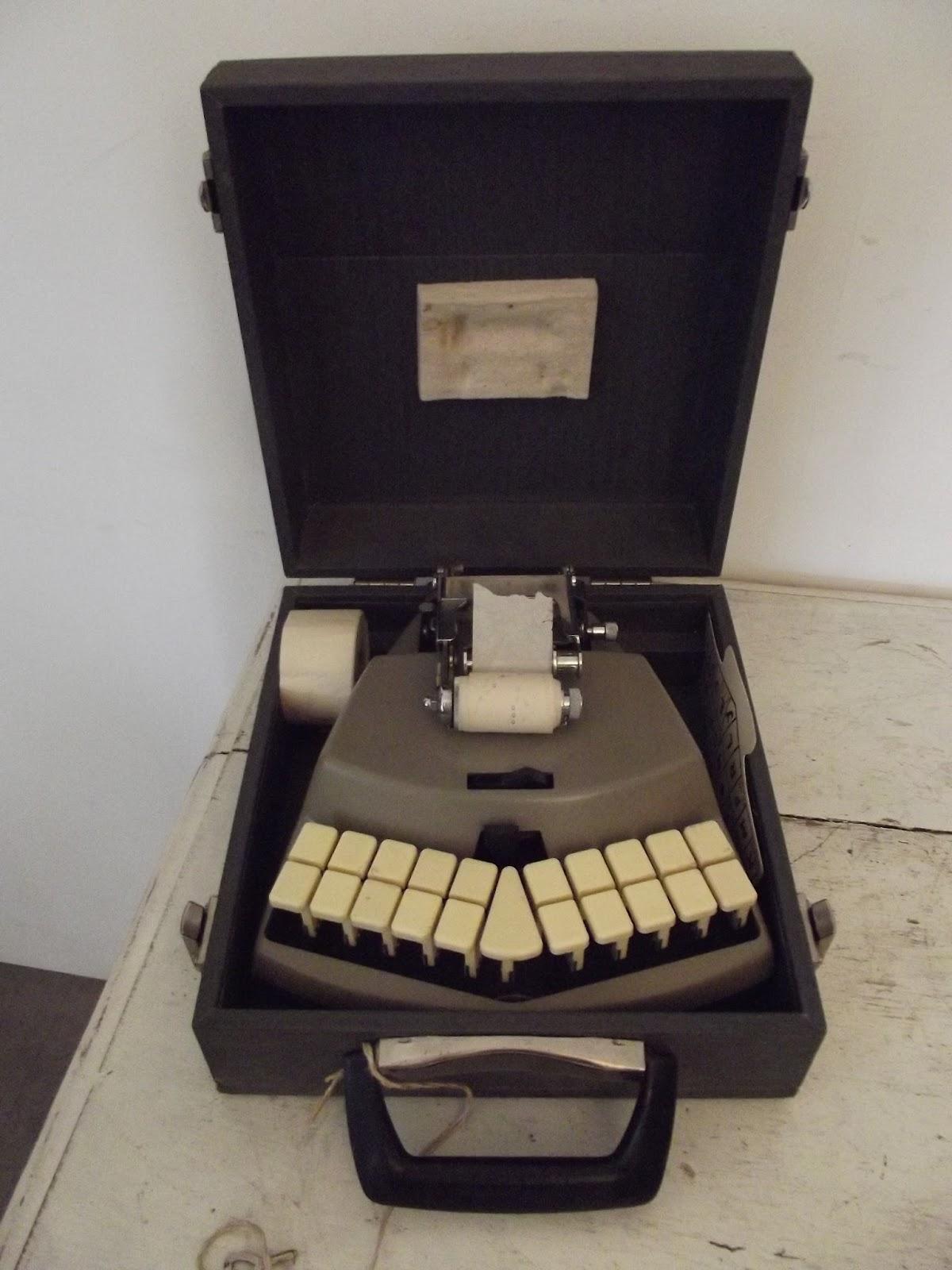 machine m canographique stenotype crire st nographie dactylographie. Black Bedroom Furniture Sets. Home Design Ideas