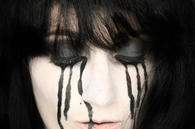 maquillage-larmes-noires