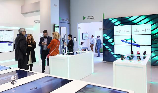 La Roca Village, Smart Boutique, tecnología, Smart City Expo World Congress 2016, Catalunya Smart Country Tour, visual merchandising,