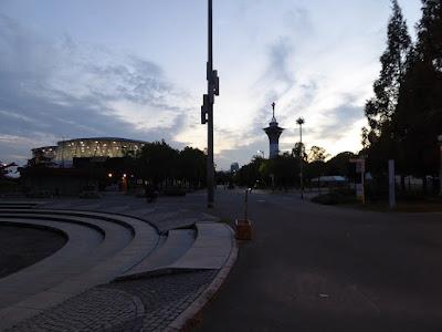花博記念公園鶴見緑地 日没の風景