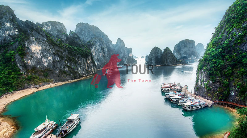 Tour Vietnam Venue That You Must Visit