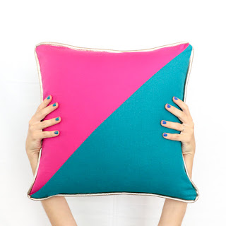 http://www.akailochiclife.com/2016/09/sew-it-color-blocked-triangle-pillows.html