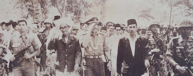 KH As'ad Syamsul Arifin, Berdakwah Santun tanpa Nahi Munkar