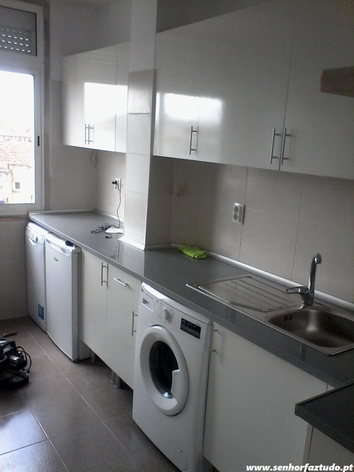 senhor faz tudo faz tudo pelo seu lar montagem de uma cozinha basic do leroy merlim. Black Bedroom Furniture Sets. Home Design Ideas