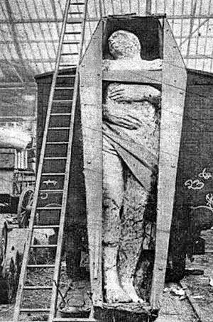 mummia gigante