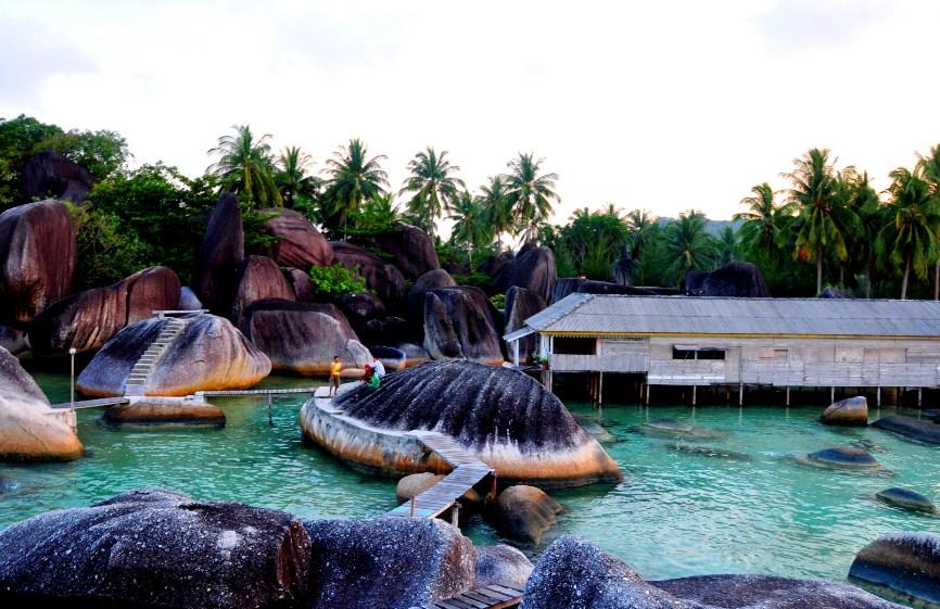Wisata Batu Alif Natuna
