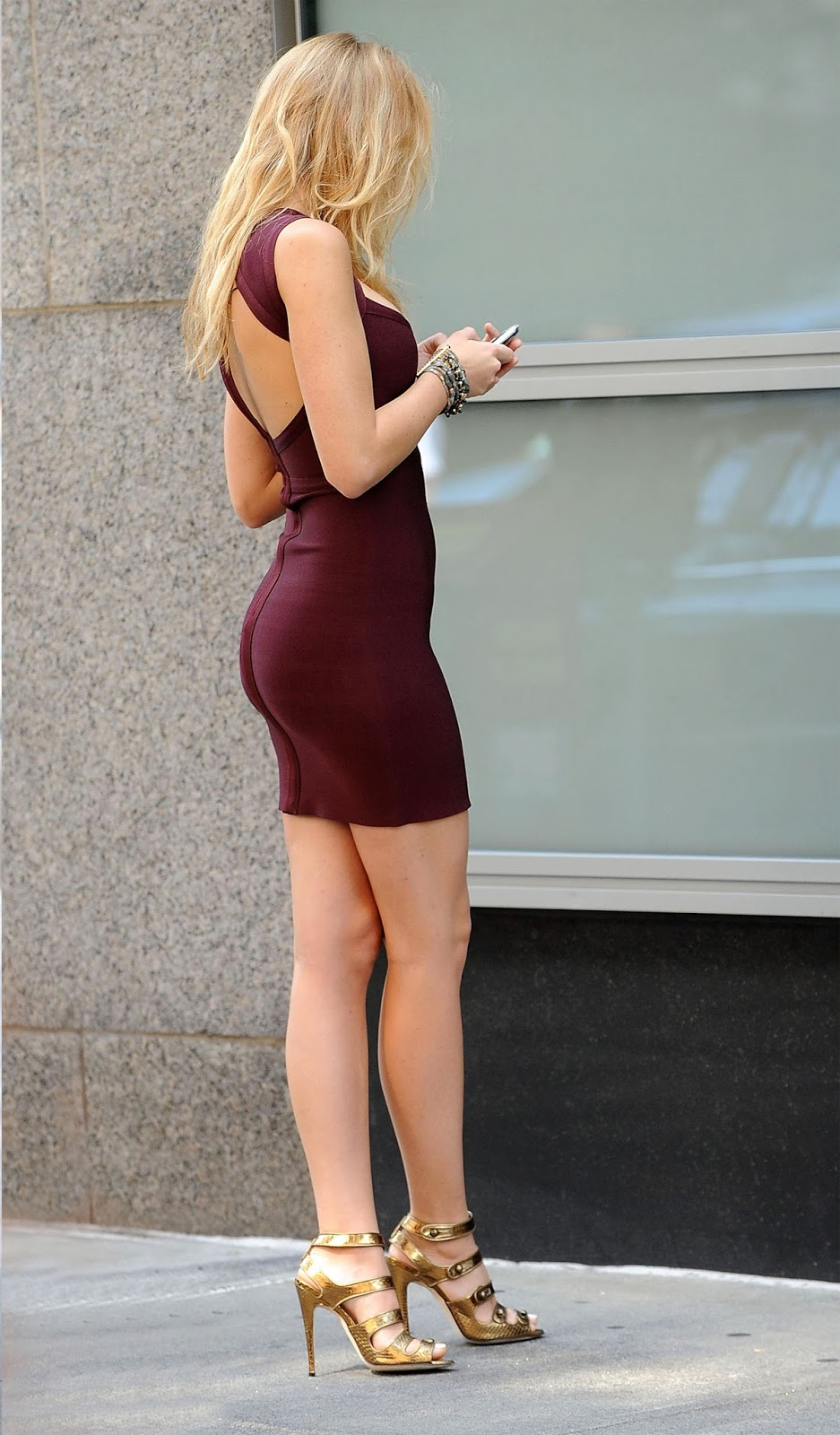 Blake Lively S Butt - Natural Tits