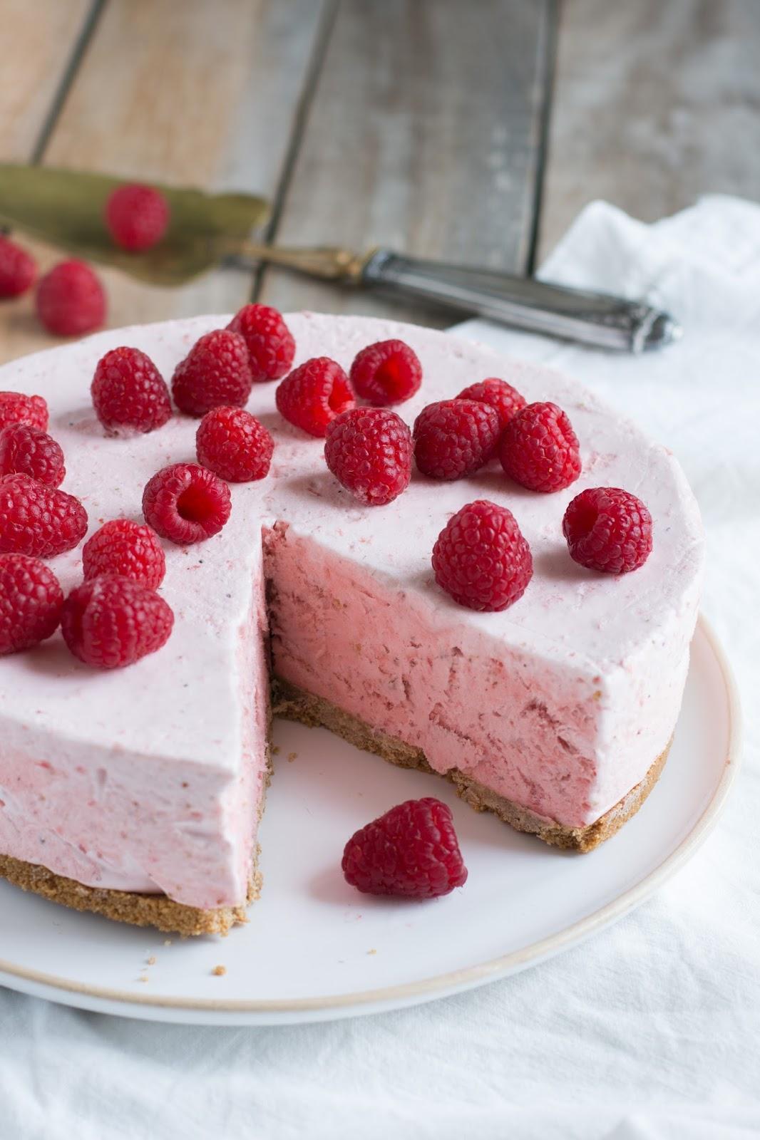 chic chic chocolat le g 226 teau nuage de fraises la recette express qui va embellir l 233 t 233