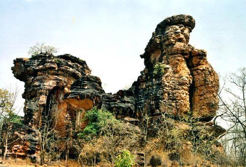 'दुर्ग किंवा किल्ल्यांबद्दलचे' प्राचीन उल्लेख