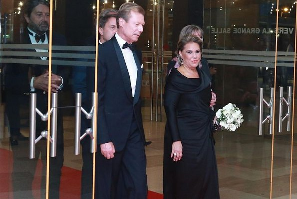 Maria Teresa wore a matching pink jacket and dress by Paule Ka. Vicky Krieps