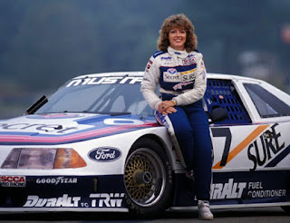 Lyn st. James The 90s Woman Racer
